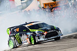 Ken Block - Gymkhana World Tour 2011 - Dunaj